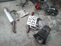 Suzuki_DR800_Teile