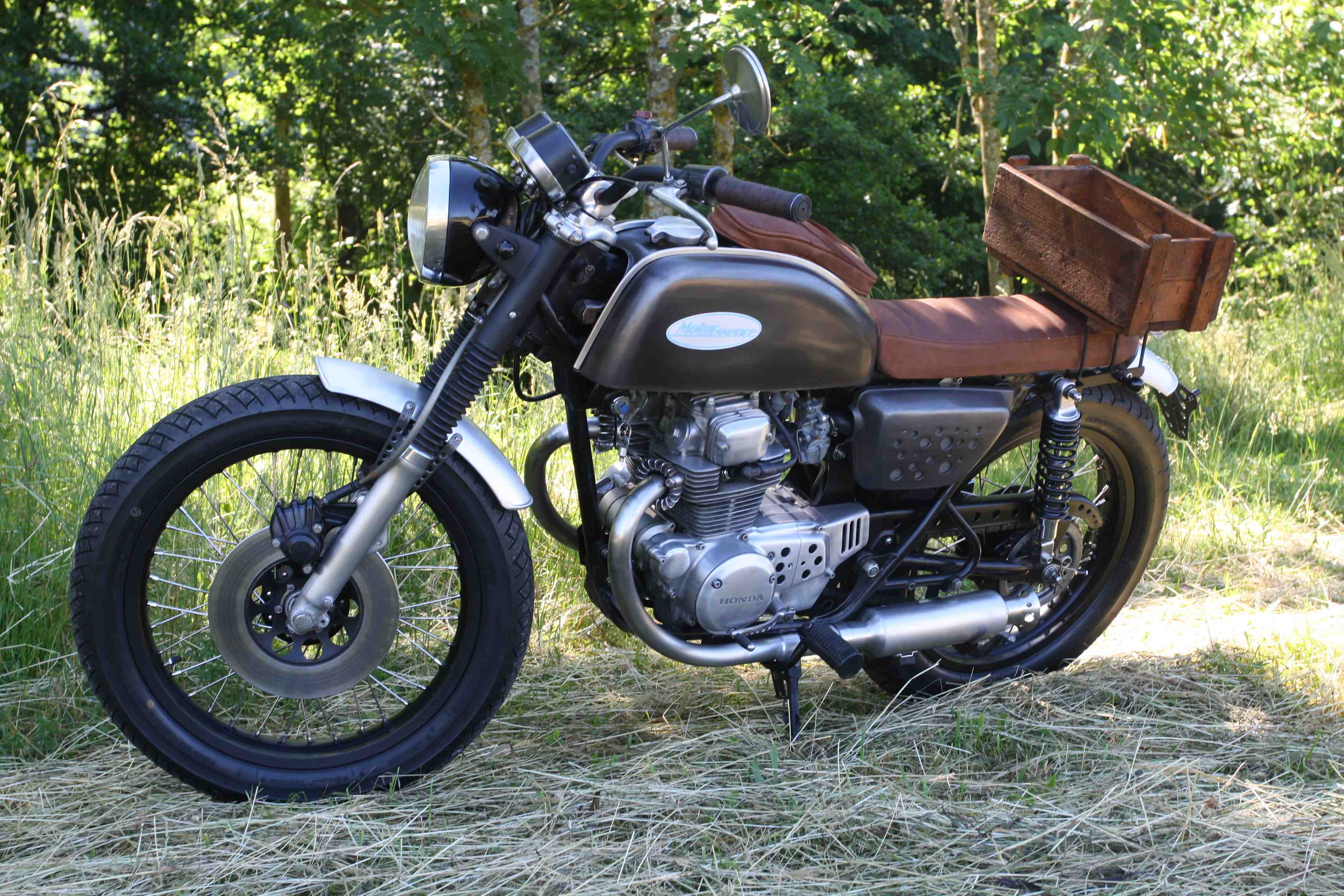 Moto Essence Françoise
