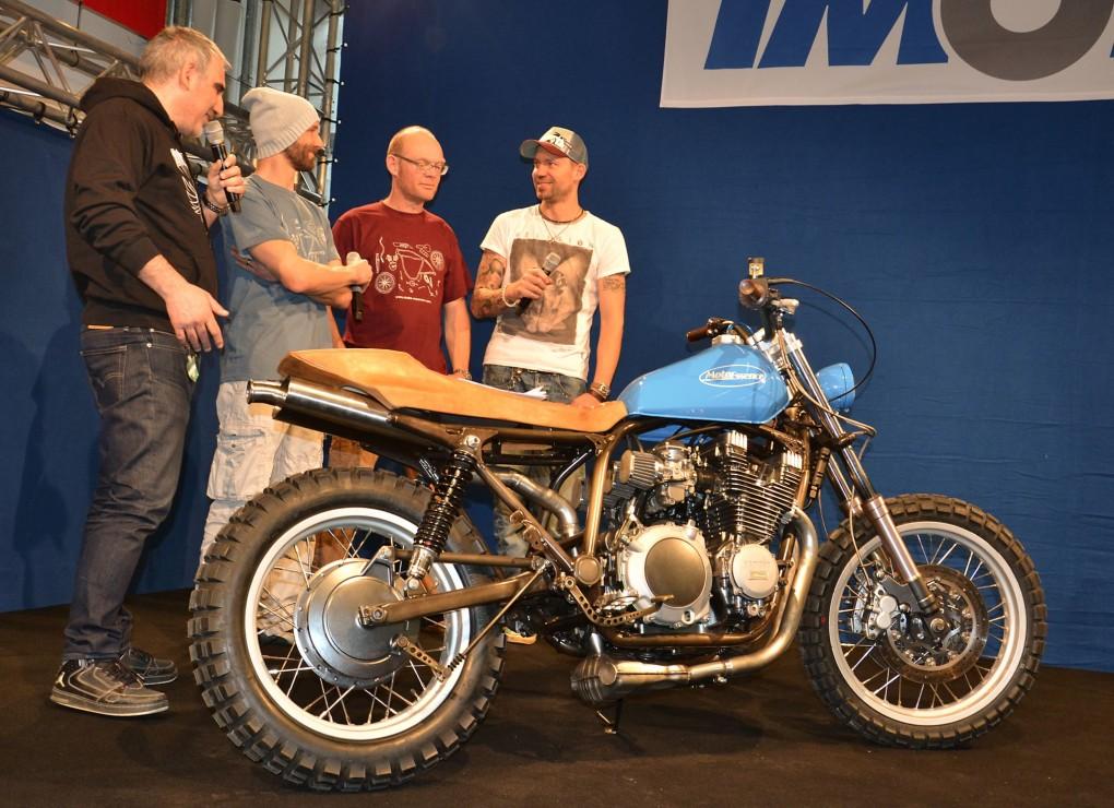 Moto Essence auf der IMOT Showbühne